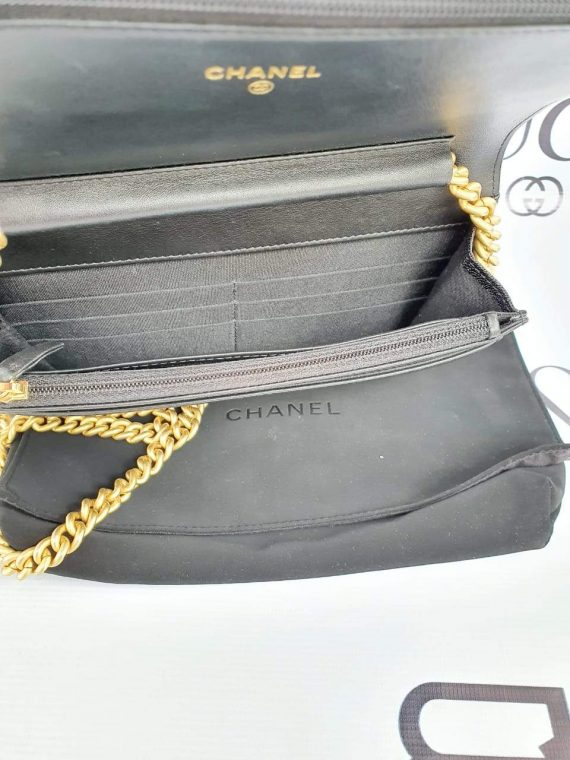 Authentic Chanel boy wallet on chain consign