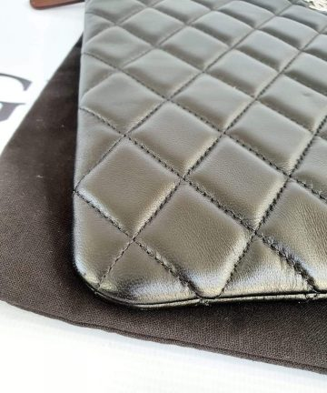Authentic Chanel clutch pawn
