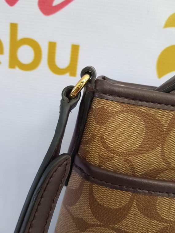 Authentic Coach messenger to buy