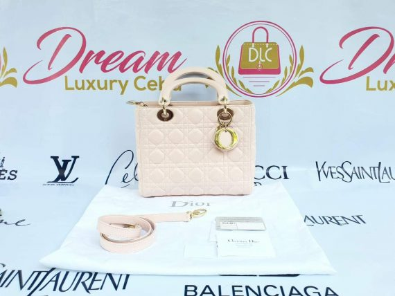 Authentic Lady Dior In light pink medium size preloved philippines