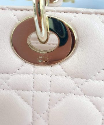 Authentic Lady Dior In light pink medium size preloved yoogi