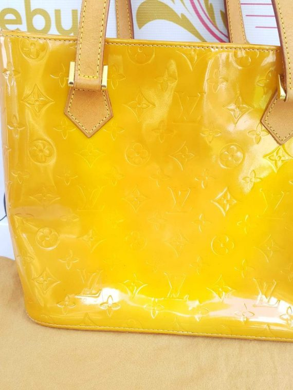 Authentic Louis Vuitton Vernis Houston bag In treated patent leather