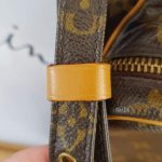 Authentic Louis Vuitton reporter sling bag in sell