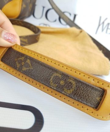 Authentic Louis Vuitton reporter sling bag to buy
