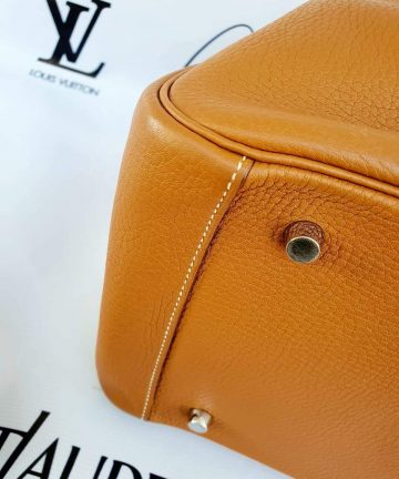Authentic Preloved Hermes lindy 34 how much