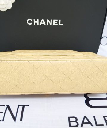 Authentic Chanel classic double flap medium in caviar leather Gold hardware makati